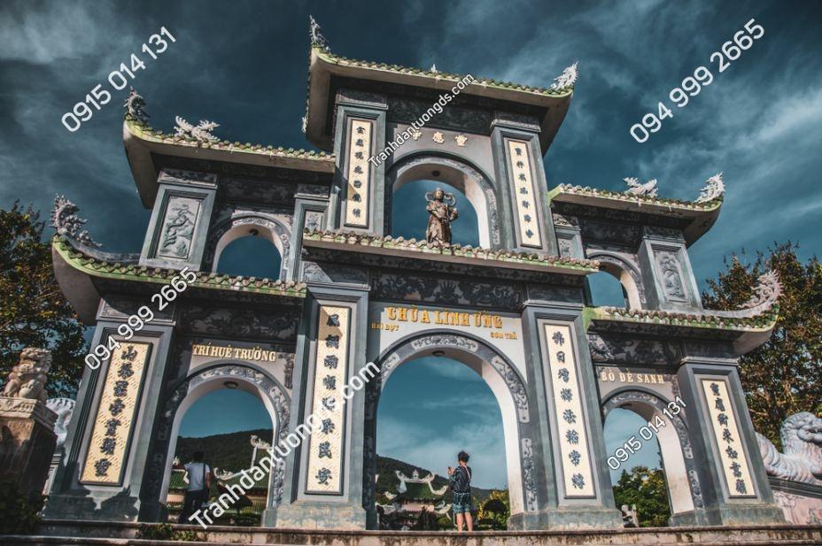 Tranh dán tường cổng chùa Linh Ứng 1479811757