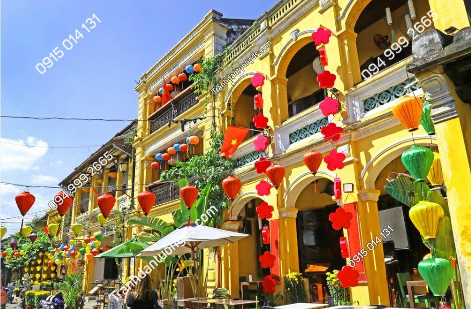 Tranh dán tường phố cổ Hội An 696880522