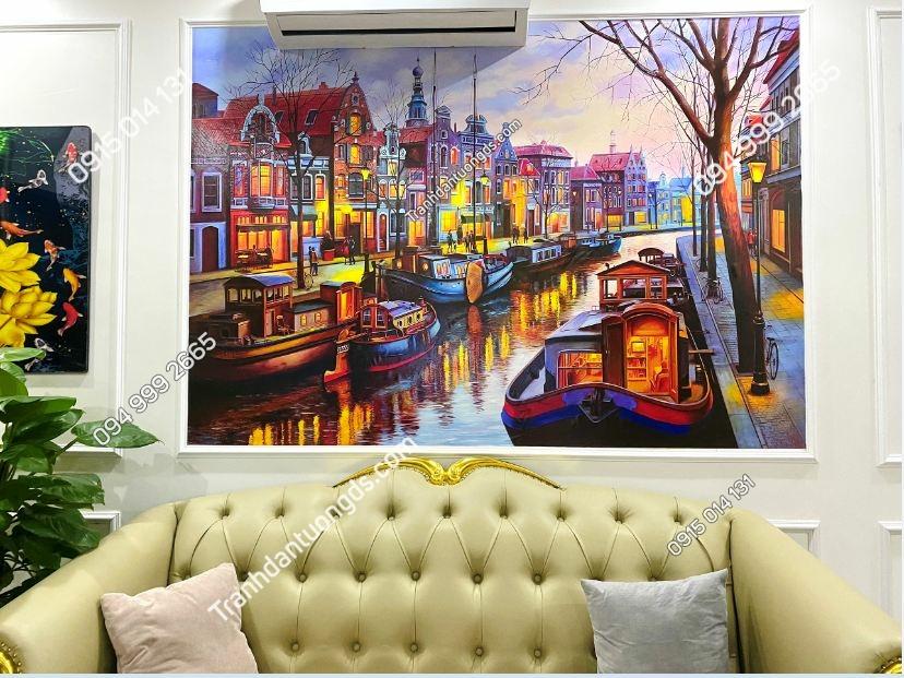 Tranh dán tường in nổi 5D phòng khách cảnh Châu Âu Amsterdam